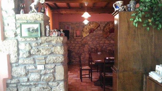 Agriturismo La Pellegrina: Sala da pranzo 1