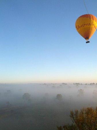 Hot Air Balloon Gold Coast: Misty sunrise