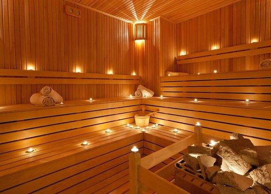 Kabira Country Club: Sauna Room
