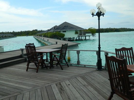 Sun Island Resort and Spa : View of water bunglows from the restaurant