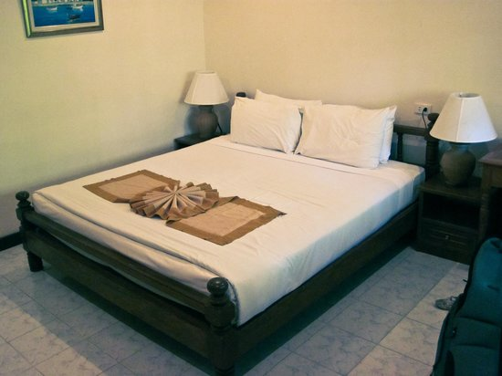 Smile House Resort : Nice big comfy bed