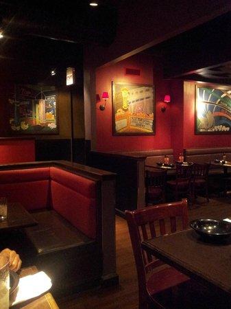 Chicago's Essex Inn: Restaurant - centre ville