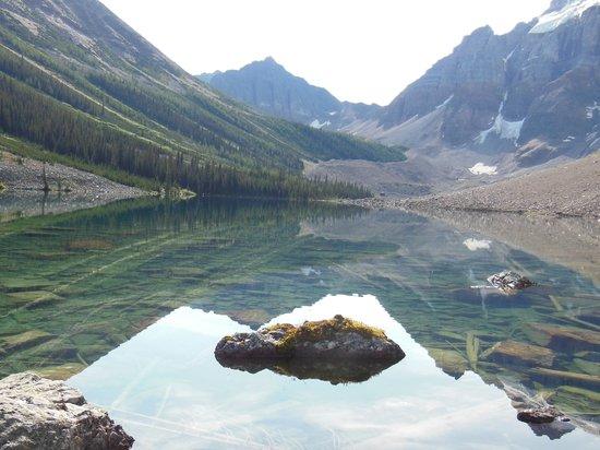Moraine Lake: Consolation Lakes