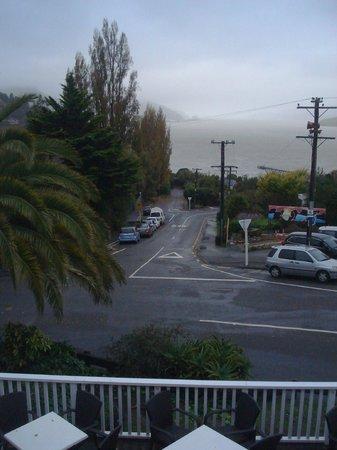 Governors Bay Hotel: Misty veiw from the veranda