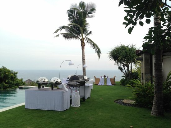 The Ungasan Clifftop Resort: Our BBQ