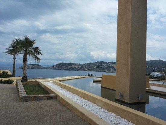 Sea Side Resort & Spa : outside reception