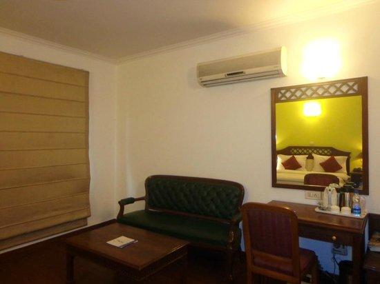 Ambica Palace: Executive room