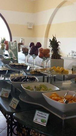 Domina Coral Bay Prestige Hotel: Breakfast