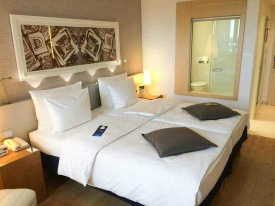 Radisson Blu Hotel, Hamburg: Zimmer 811