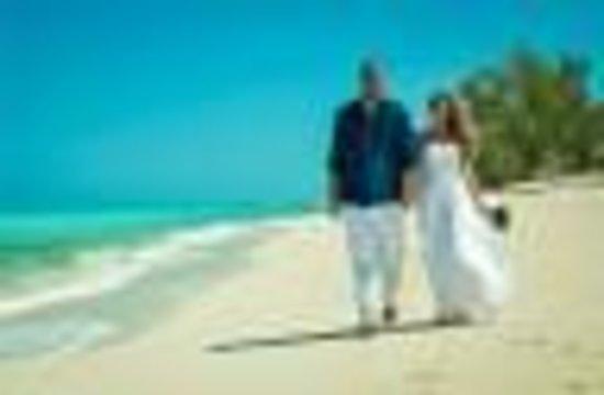 Bimini Big Game Club Resort & Marina: Our Wedding  - Beach Across from Big Game