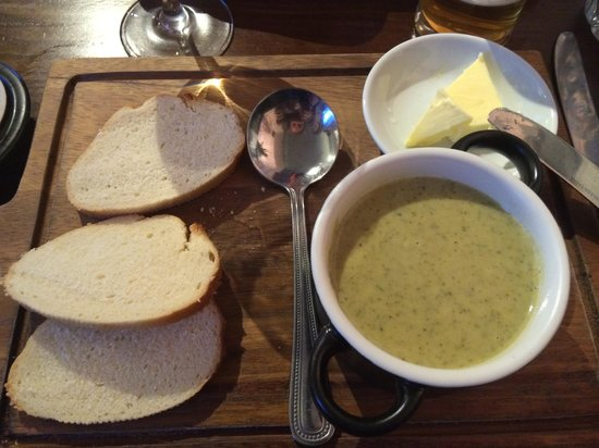The Jolly Thresher : The most divine Broccoli and Stilton soup... in the World.