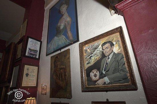 The Harp: Paintings of British film stars!
