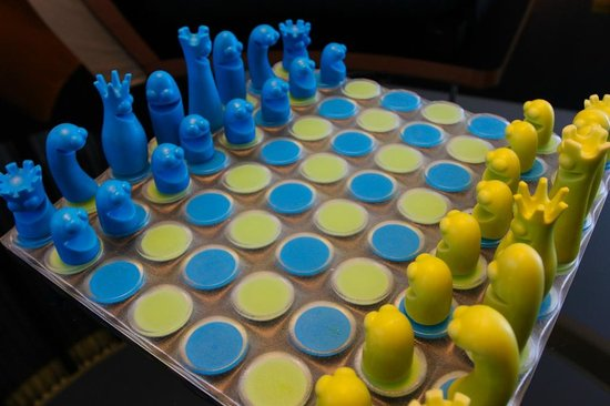 W Doha Hotel & Residences : We played a lot of chess