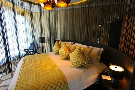 W Doha Hotel & Residences : Bedroom