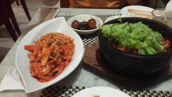 Han Gang Korean Food Art Restaurant & Grill