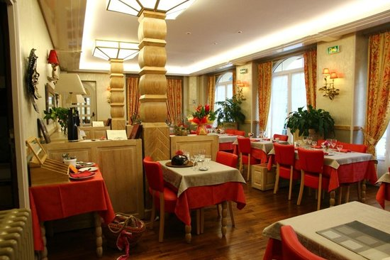 Roche de Vic : Restaurant