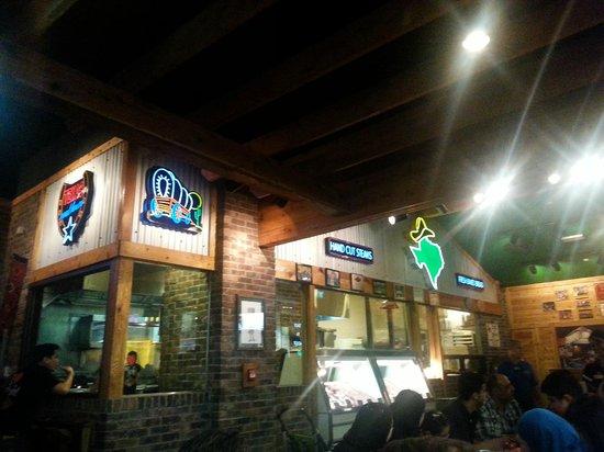 Texas Roadhouse : Il ristorante
