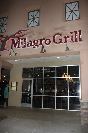 Milagro Grill: View from front