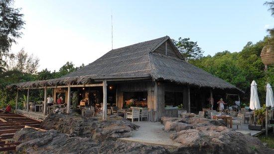 Mango Bay Resort: Main restaurant