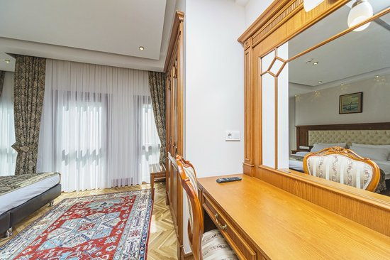 Hotel Spectra: Room