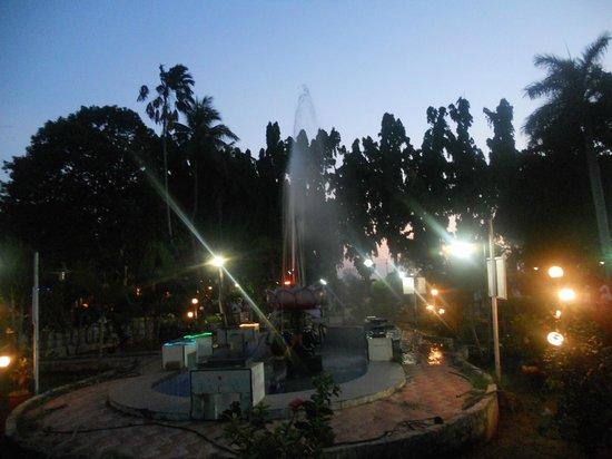 Thanjavur, الهند: Siva Ganga Garden