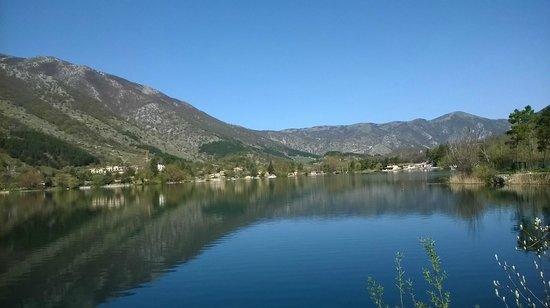 Il Lago di Scanno : Veduta lago di Scanno (da sud-est)