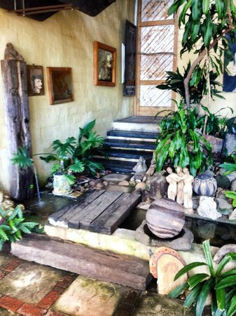 Hornbill House Self Catering Accommodation: The entrance
