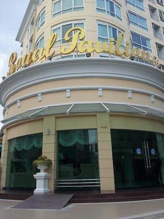Royal Pavilion Hua Hin: front
