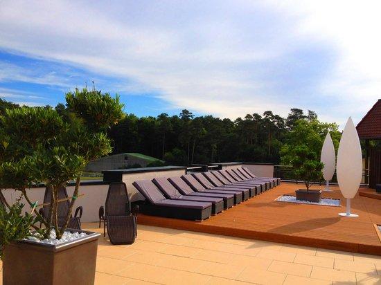 Westfalen Therme am Vital-Hotel: Sonnenterrasse der Asia Ruhe Lounge