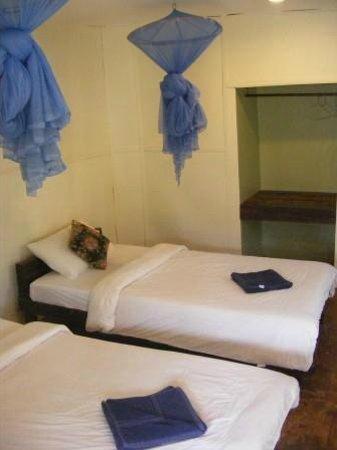 Mook Lanta Resort: Standard Fan Bedroom
