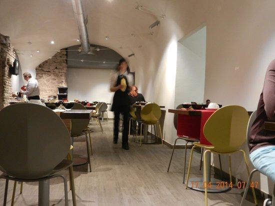 Hotel de Rome: Laura vid frukosten
