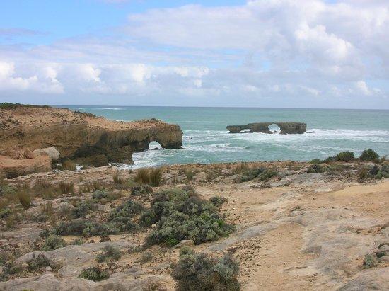 Robe, Australia: Rugged coastline near the obelisk