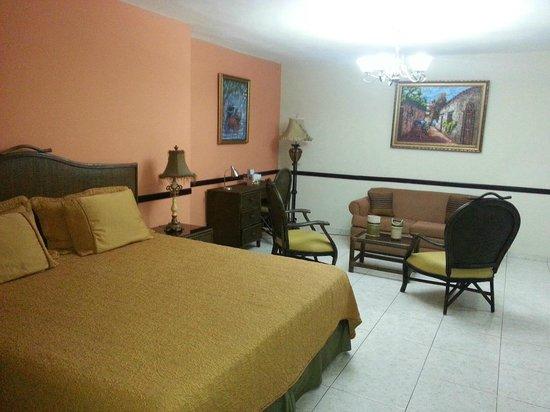 Platino Hotel & Casino : Habitación 324 (suite)