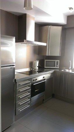 Infantes Singular Apartments: Cocina Golden