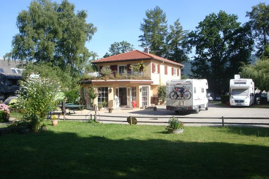 Camping am Möslepark: Hall