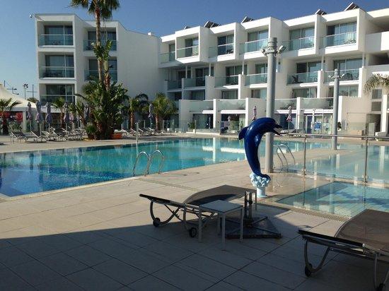 Limanaki Beach Hotel Pool