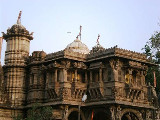 Hathee Singh Jain Temple: The main structure from a distance