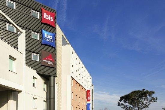 ibis orly chevilly tram 7 hotel chevilly larue voir les tarifs et 330 avis. Black Bedroom Furniture Sets. Home Design Ideas