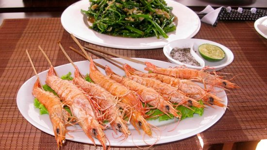 Golden Fish restaurant & bar : Grilled Prawns