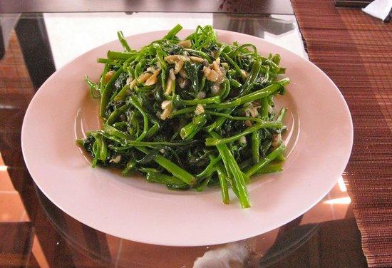 Golden Fish restaurant & bar : Water Spinach (Morning Glory)