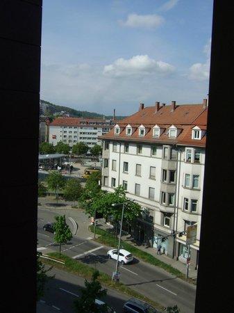 Park Inn by Radisson Stuttgart : Blick aus Zimmer