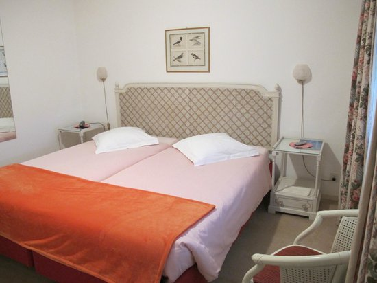 Piccolo Hotel: Room with TwinBed