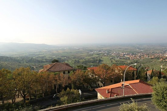 Villa Marsili: The view of the tuscan countryside from the hotel.