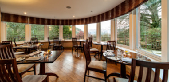 The Restaurant at The Cottage in the Wood: wraparoundviews