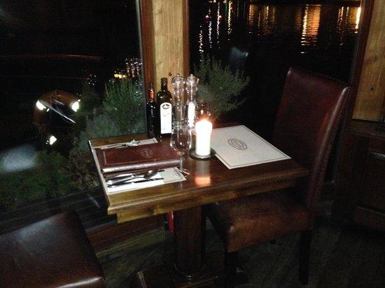 Botel Matylda: Restaurant Matylda