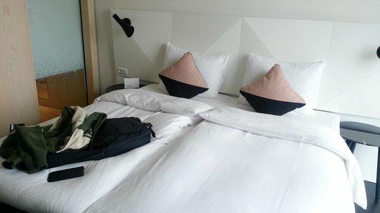 AC Hotel by Marriott Bella Sky Copenhagen: The double bed