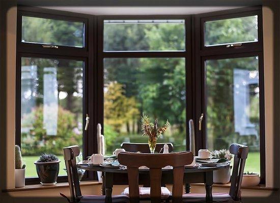 Crossriver Bed & Breakfast : Dining room