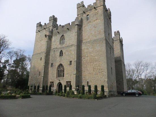 Langley Castle Battlement Tour: Beautiful