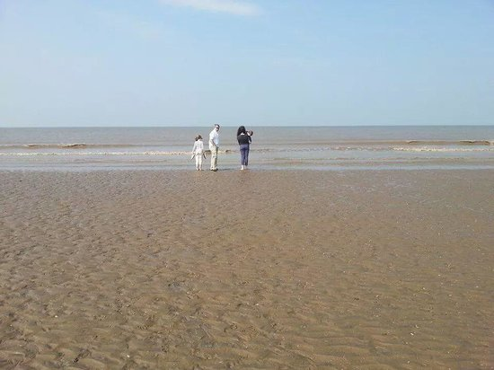 Formby Beach: plenty of space