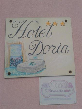 Hotel Doria: scritta